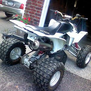 my 450r got rid of it miss it =(